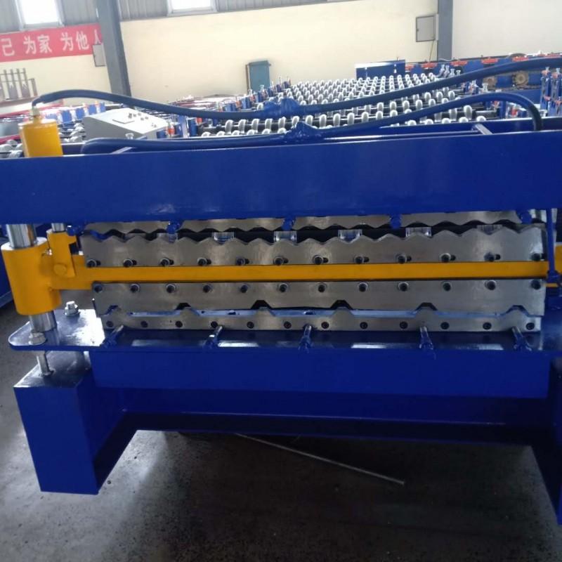 三层压瓦机现货厂家兴和全自动840-900-850顶板设备